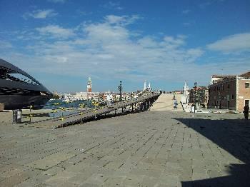 Ufficio Informazioni A Venezia : Noleggio auto a venezia con sixt autonoleggio