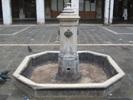 foto fontana di san Giacometto prima del restauro
