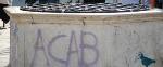 graffiti dalle due vere da pozzo in Campo Santa Margherita.