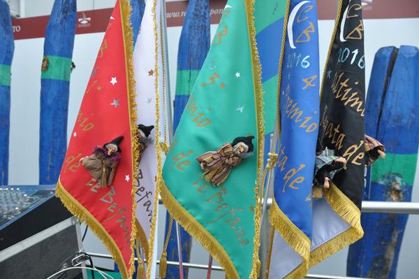 Foto n. 1: bandiere