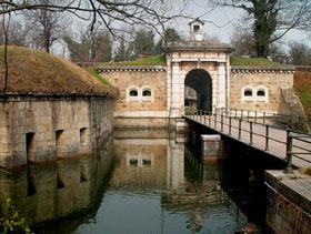 Portale di Forte Carpenedo (foto dell'Associazione Dalla Guerra alla Pace Forte alla Gatta)