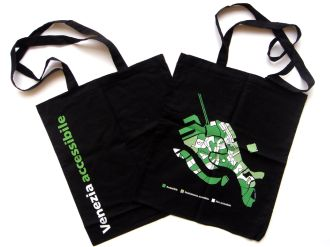 Foto delle borse di tela della Venezia accessibile