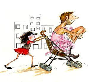 immagine bimba  che spinge passeggino
