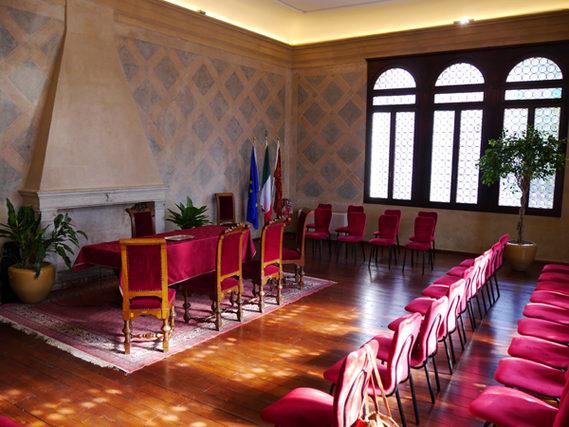 foto dell'interno della sala matrimoni