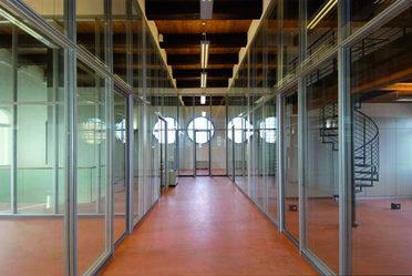 Herion ex chiesa - corridoio