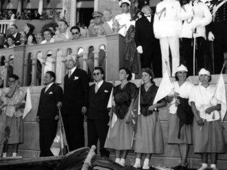 1953 Maria e Teresina Boscolo prime e Giuseppina Cimarosto e Ada Enzo terze posano felici