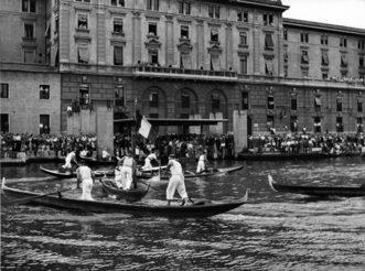 1950 Giro del paleto: è bagarre tra ben 6 equipaggi per conquistare le ultime due bandiere