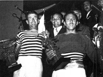 """1953 Il sorriso di Luigi Seno """"Bota"""" e Vianello Italo """"Crea"""" premiati sulla """"machina"""""""