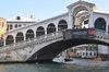 23.09.2013 - Sommozzatori a Rialto per il restauro del ponte