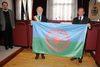 27.01.2012 - Consegna al sindaco della bandiera del Popolo Rom