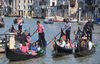 14.05.2012 - Idee galleggianti in Canal Grande