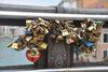 26.08.2014 - Decoro rimozione dei lucchetti dal ponte dell'Accademia